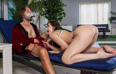 Steve Holmes, Aubree Valentine – Eindringling (Brazzers)